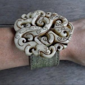 FIRE-BREATHING DRAGONS Jade Leather Cuff Bracelet